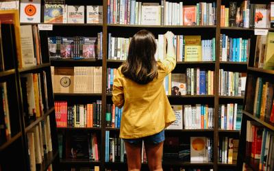Livros retornam; livrarias, não
